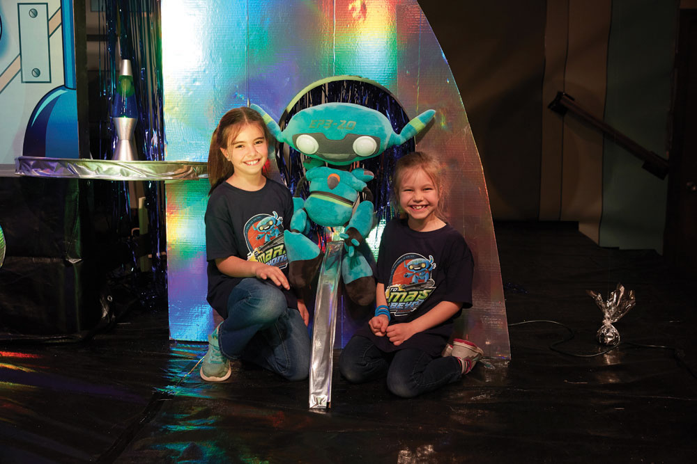 EP320 Puppet  To Mars and Beyond VBS by Cokesbury