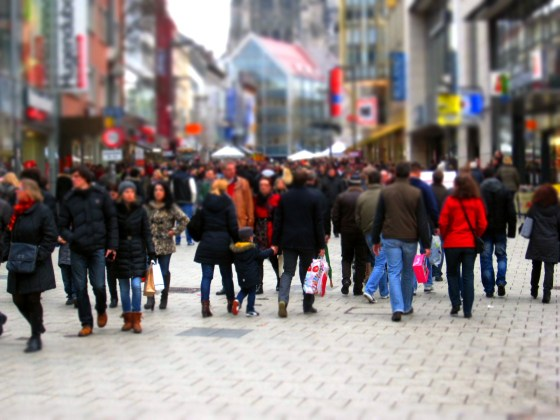 Retail sales fall below expectations