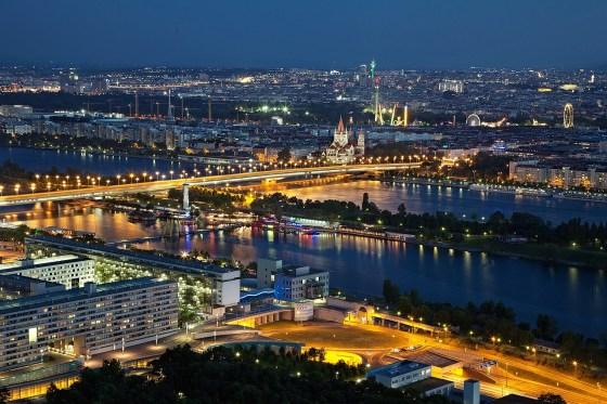 Romance sparks in Vienna