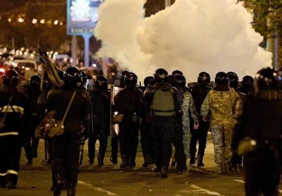 Thousands gather in Minsk in memory of dead demonstrator
