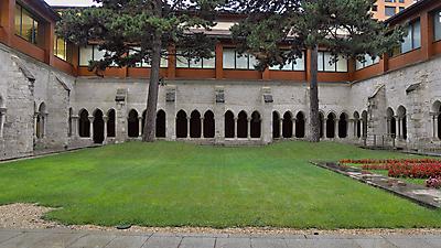 Claustro del Real Monasterio de San Agustín