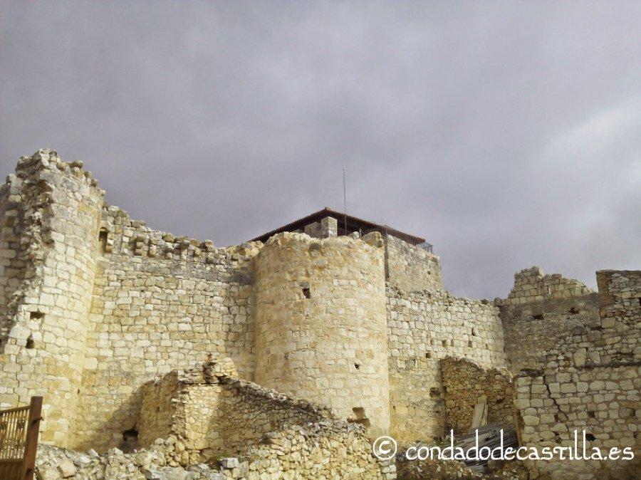 Restos del castillo de Haza