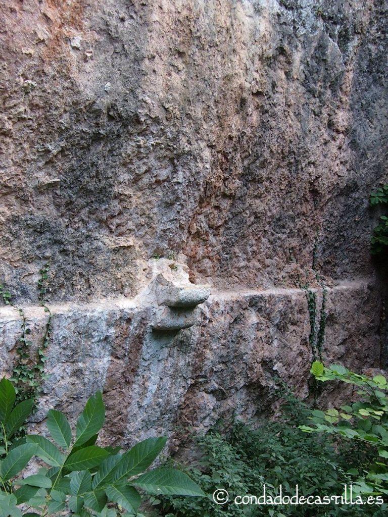 Restos monasterio rupestre San Juan de la Hoz
