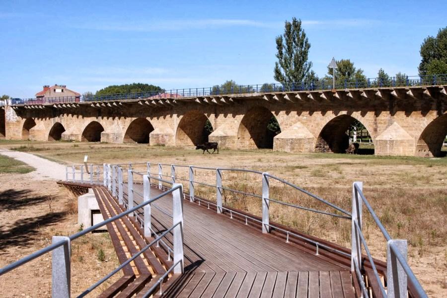 Puente Villarente (León)