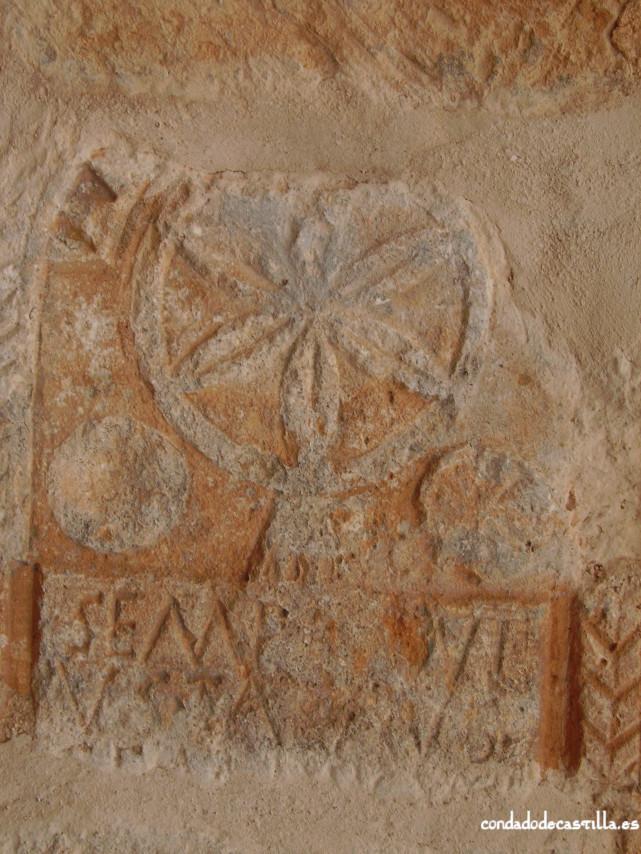 Estela romana en la Ermita del Santo Cristo