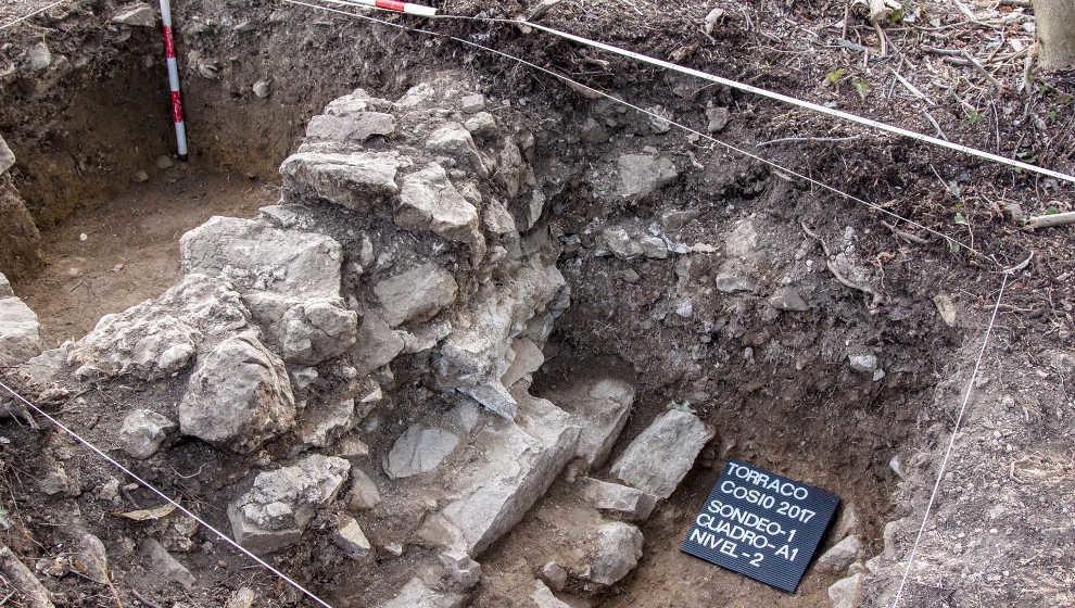 Hallazgo de restos de una fortificación del siglo XI en Cosío (Cantabria)