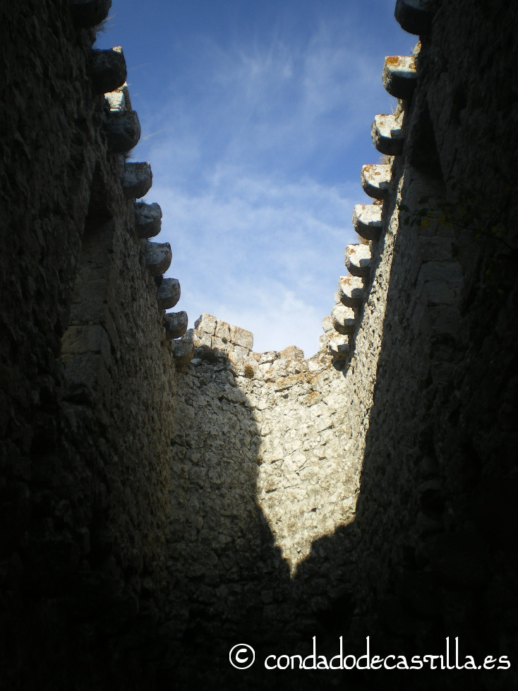 Interior del castillo de Urbel