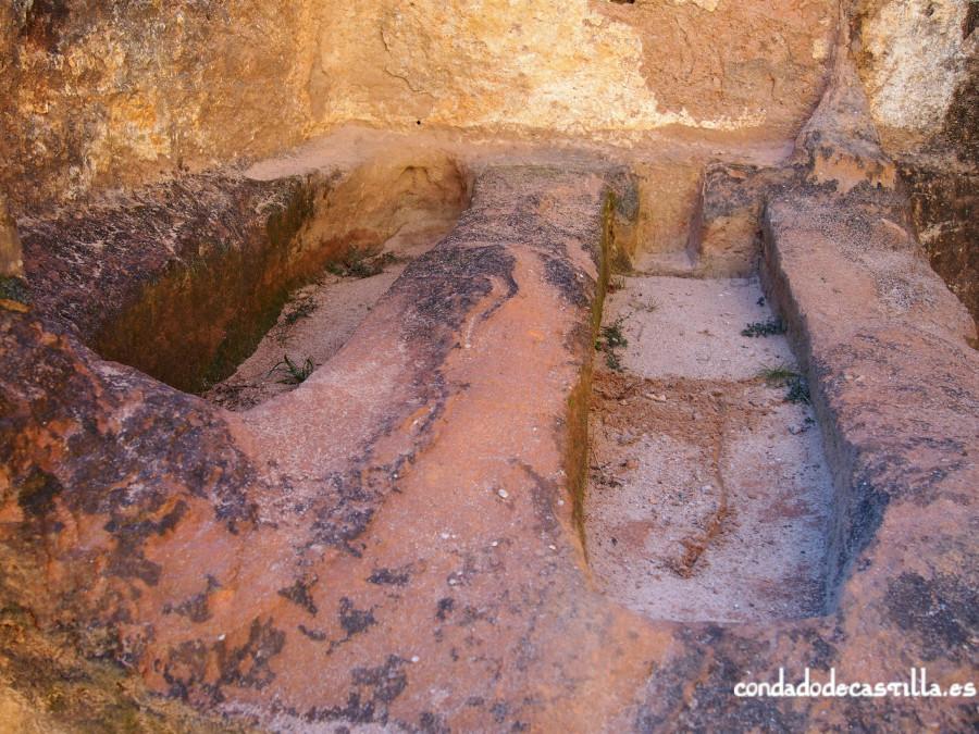 Sarcófagos excavados en San Pedro de Argés