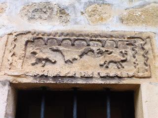 Posible relieve visigótico en Villanueva de Valdegovía