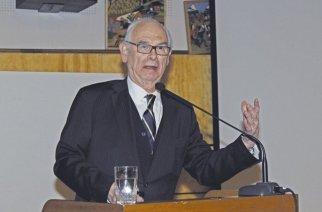 Im Jahr 2016 hielt Prof. Otto Dörr während der DCB-Jahreshauptversammlung einen Vortrag über Goethes Erbe. Foto: Walter Krumbach