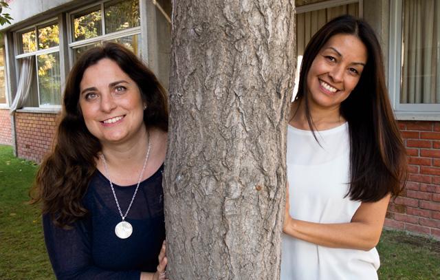 Leticia Gerdes-Marquizo und Ingrid Tölle haben die Koordination der Grupo Integración von Stefanie Reibe übernommen, die die ehrenamtliche Arbeit sieben Jahre lang ausgeführt hatte. Foto: Kerstin Meyer Hasseldieck