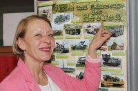 Karen Apfelbeck leitet die Sprachabteilung an der Escuela Militar. Zwischen 5 und 7 Prozent der dortigen Absolventen interessieren sich für Deutsch. Foto: Walter Krumbach