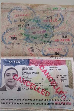 Carlos Benavides Deportado