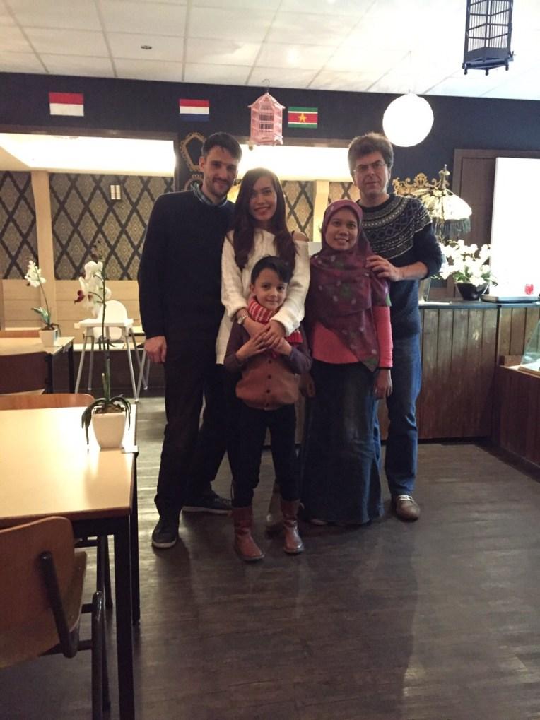 Foto Keluarga :)