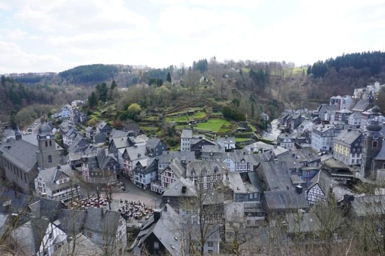 Monschau nampak dari atas bukit