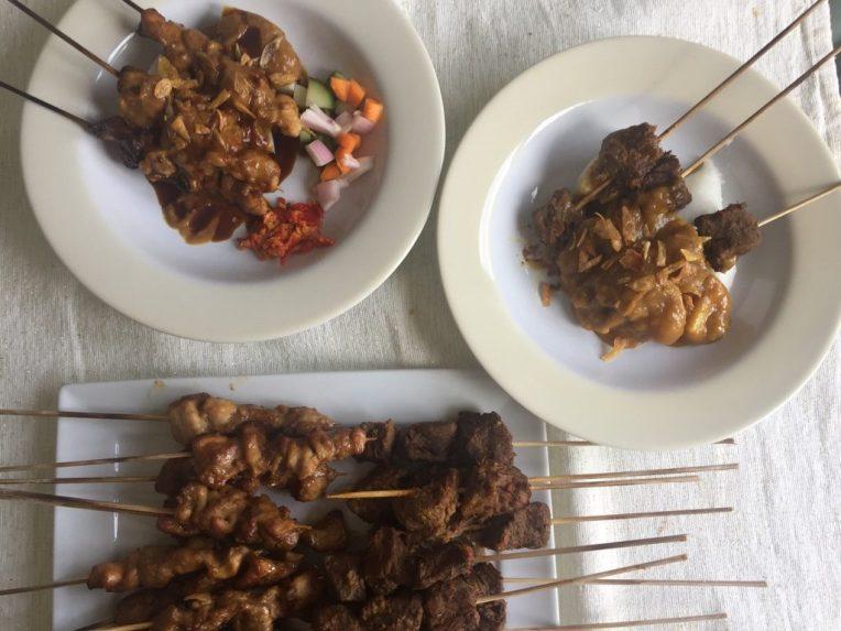 Sate Ayam dan Sate Padang