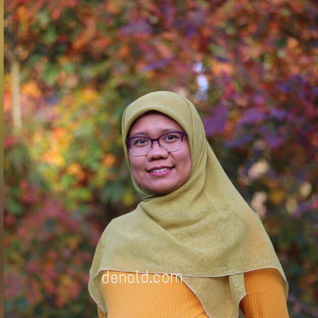 Sesekali mejeng di blog sendiri. Foto oleh Mbak Yulia
