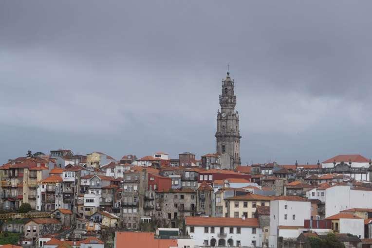 Torre dos Clérigos di Porto - Portugal