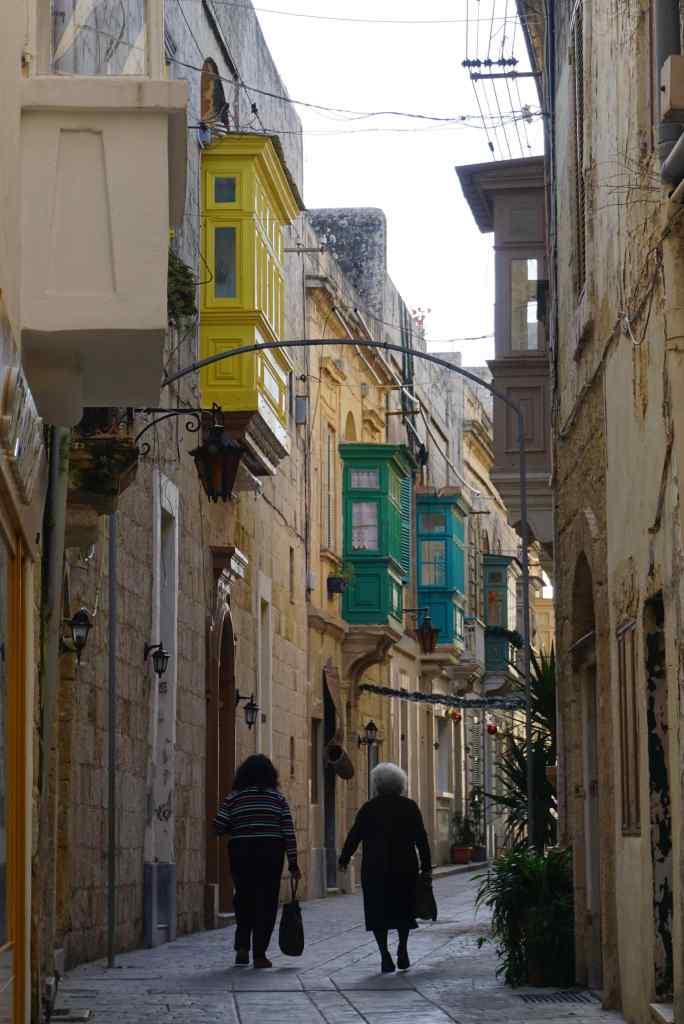 Salah satu gang di kota Rabat
