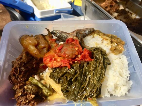 Nasi Padang untuk sepupu