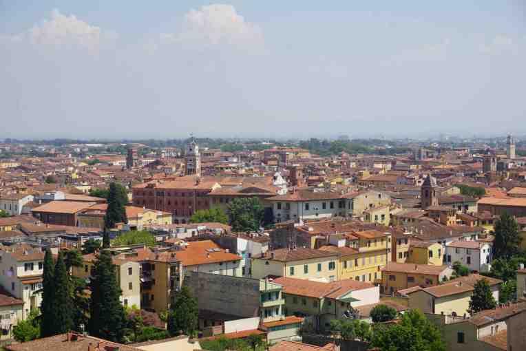 Kota Pisa dilihat dari atas Menara PIsa