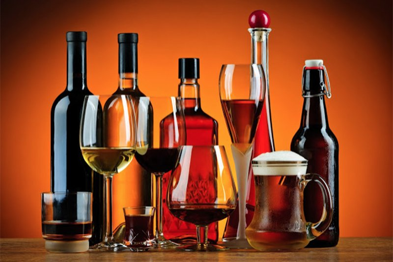 7 Things Drinking Alcohol Does to Your Body