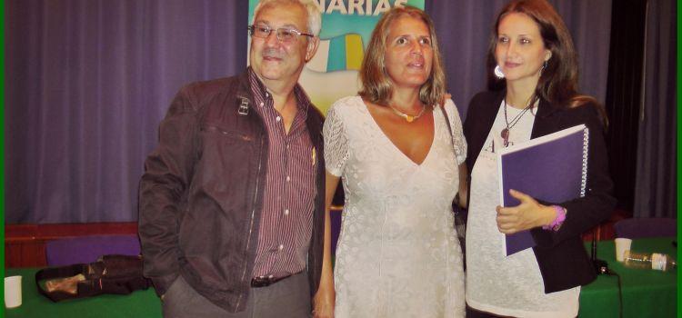 La ONCE edita en braille el libro 'Alma' de la escritora canalense María D. Pérez