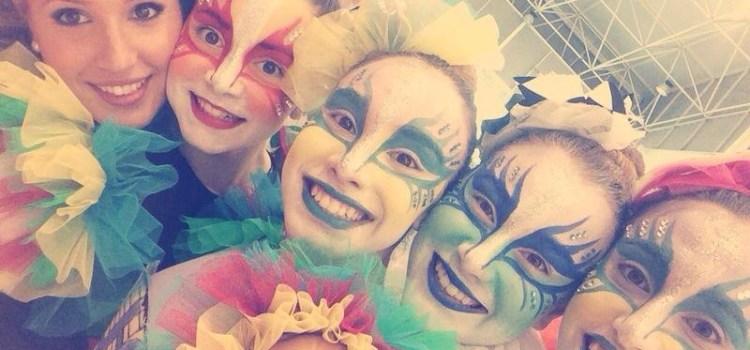 La compania de Dansa Ballart de Canals al Carnaval de Canàries.