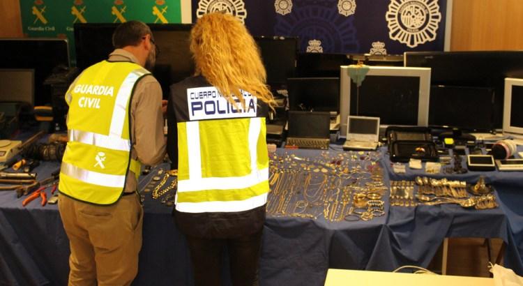 Objetos robados y recuperados por la PN y GC serán expuestos en el cuartel de la Guardia Civil de Canals