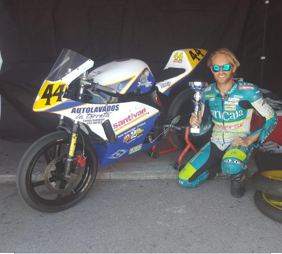 José V. Navalón Munera lider del campeonato Aragonés despues de ganar las dos primeras carreras
