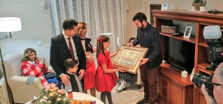 Acte d'entrega del Pergamí a la Festera de Gràcia Infantil, Lola Prats Penadés