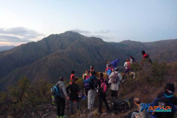 Caminata al mítico cerro Uritorco