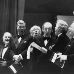 Julius Bloom, Yehudi Menuhin, Dietrich Fischer-Dieskau, Mstislav Rostropovich, Vladimir Horowitz, Leonar Bernstein e Isaac Stern, Cantando Hallelujah Hadel Mayo 18 1976