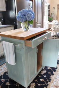 Rolling Kitchen Cart Makeover