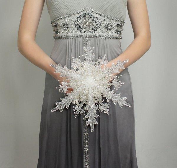 Elegant Silver & White Winter Wedding Ideas Inspiration