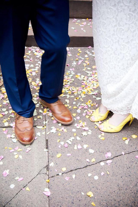 Flower petals - wedding aisles and petal pathways: Rose petals under the happy couple's feet
