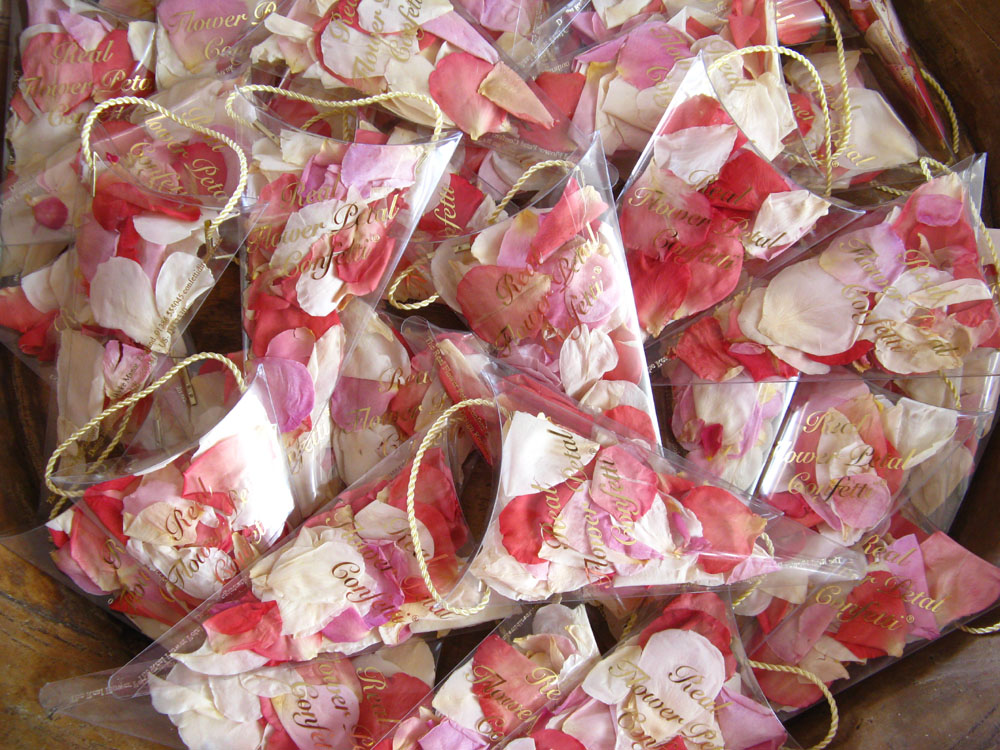 Petal Confetti - Small Natural Rose Petal Sachets