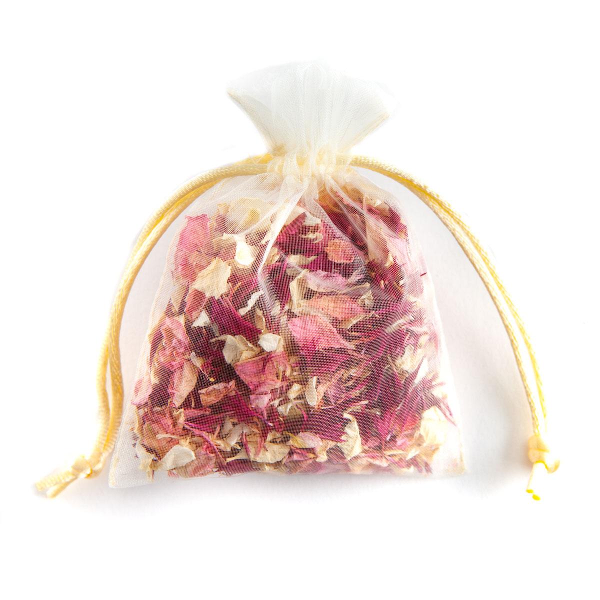 Ruby Twist confetti petals - Biodegradable Confetti - Real Flower Petal Confetti - Petal Bag