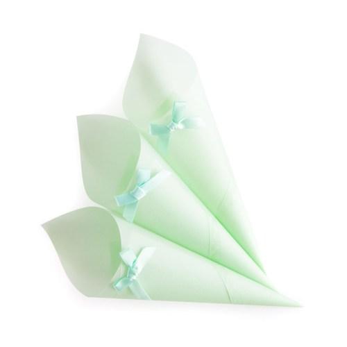 green confetti cones