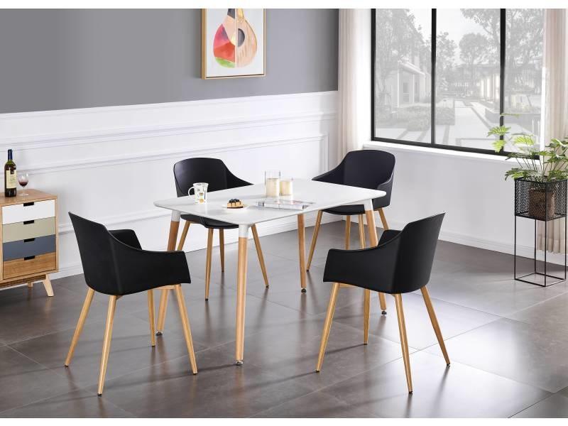 4 chaises scandinaves noires