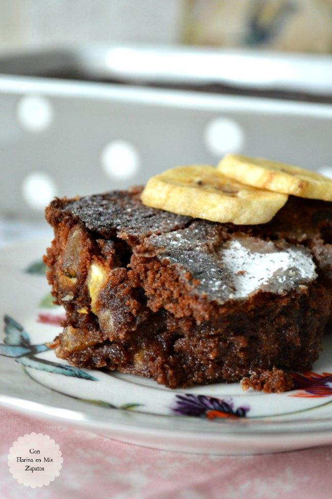 Brownie Especiado Con Chips de Plátano