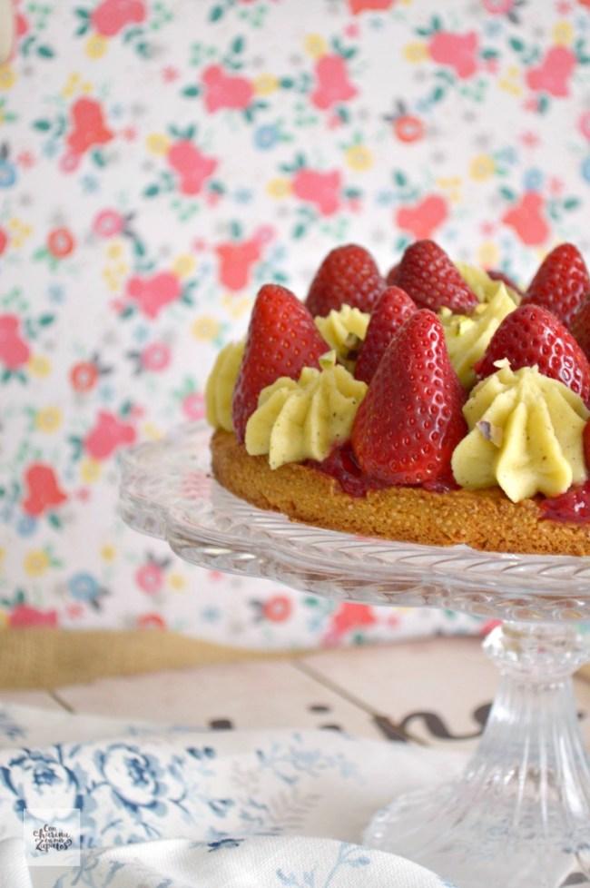 Tarta de Pistacho y Fresas | CON HARINA EN MIS ZAPATOS