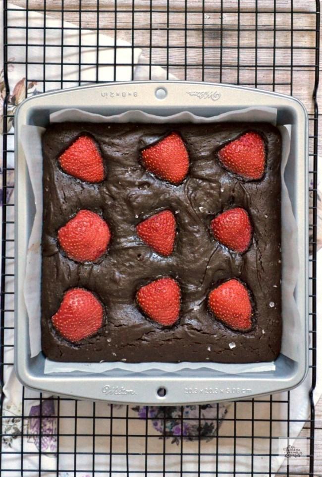 Brownie de Chocolate y Fresas | CON HARINA EN MIS ZAPATOS