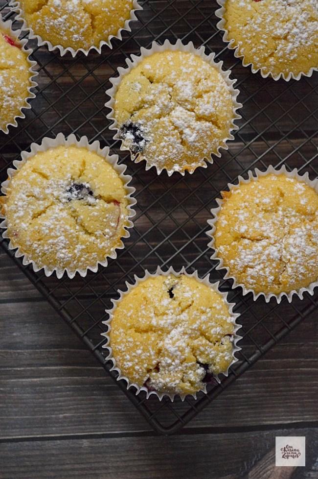 Muffins de Ricotta y Frutos Rojos | CON HARINA EN MIS ZAPATOS