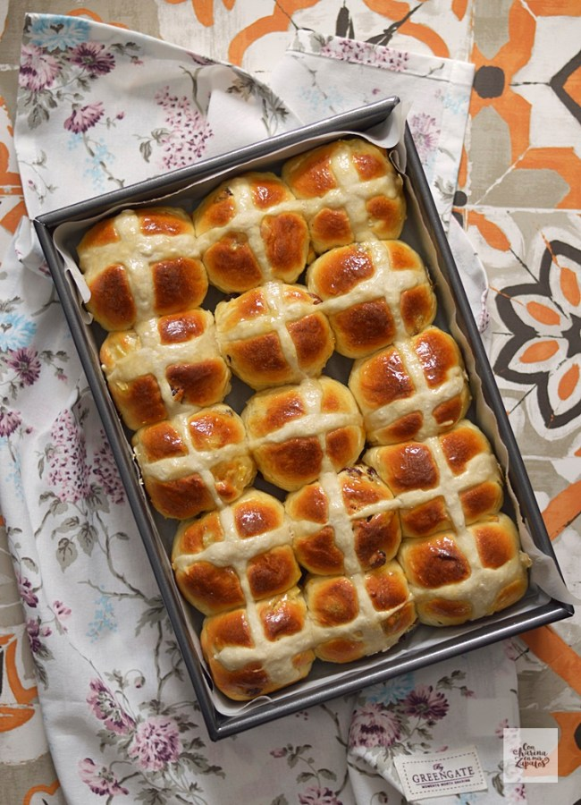 Hot Cross Buns | CON HARINA EN MIS ZAPATOS