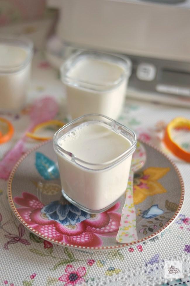 Yogures de Naranja y Cardamomo | CON HARINA EN MIS ZAPATOS