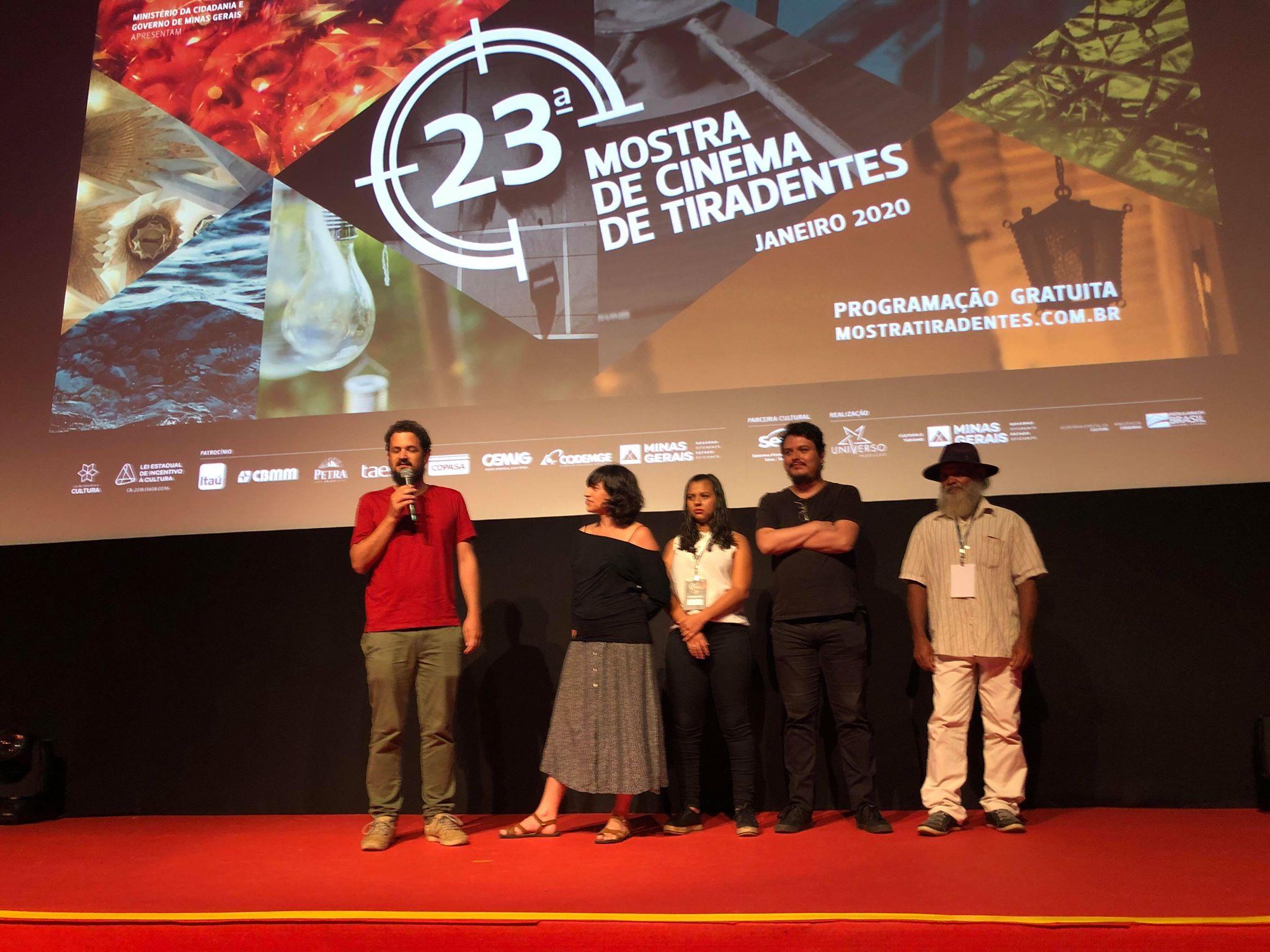 MOSTRA DE CINEMA DE TIRADENTES 2020 (02): LA BARBA Y LA NUBE