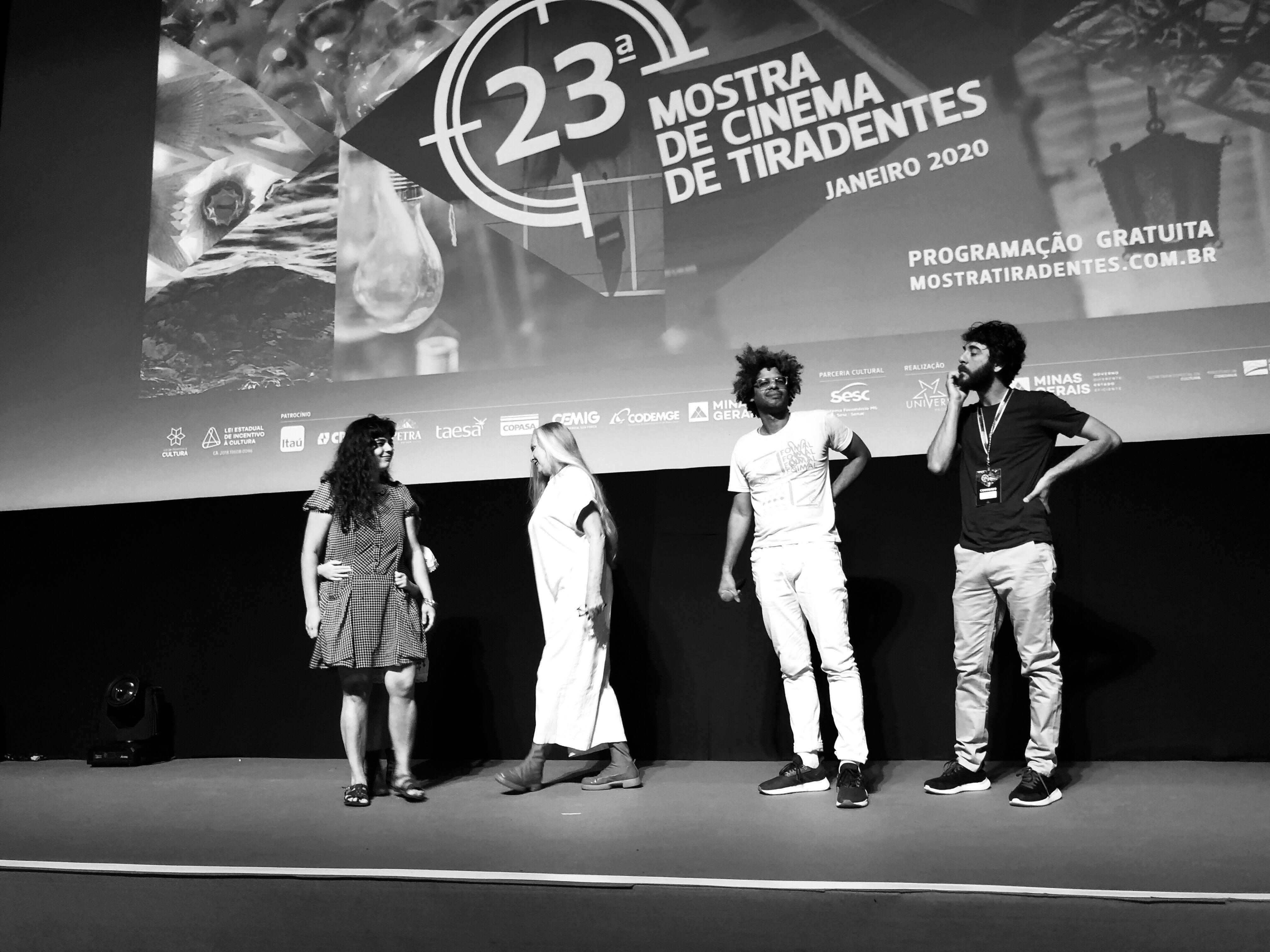 MOSTRA DE CINEMA DE TIRADENTES 2020 (04): LA MÚSICA DEL CEREBRO