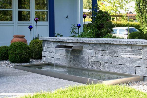Gartenbrunnen Brunnen Wasserspiele Im Garten Conma Gartendesign