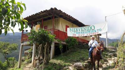 Carlos Arturo a Caballo